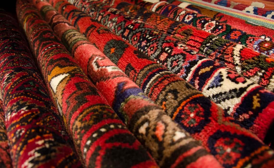 Six Reasons Why You Should Buy Persian Carpets